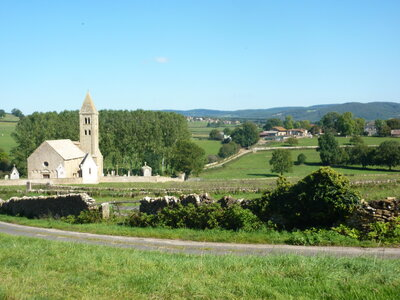 Romanesque churches in the Cluny area